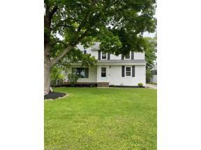 Property for sale at 1127 Brainard Road, Lyndhurst,  Ohio 44124