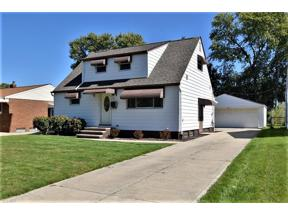 Property for sale at 6391 Delores Boulevard, Brook Park,  Ohio 44142