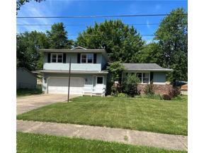 Property for sale at 834 Alameda Avenue, Sheffield Lake,  Ohio 44054