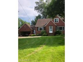 Property for sale at 6524 E Pleasant Valley Road, Independence,  Ohio 44131