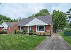 Property for sale at 5975 Mayland Avenue, Mayfield Heights,  Ohio 44124