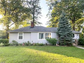 Property for sale at 24994 Florence Avenue, North Olmsted,  Ohio 44070