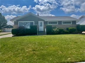 Property for sale at 180 E Hillsdale Avenue, Seven Hills,  Ohio 44131