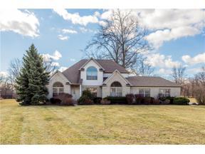 Property for sale at 6235 Oak Point Estates, Lorain,  Ohio 44053