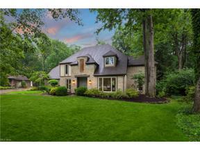 Property for sale at 31303 Roxbury Park Drive, Bay Village,  Ohio 44140