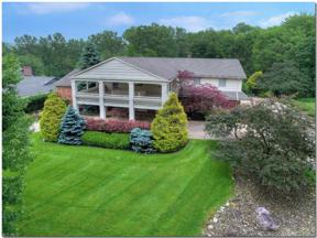 Property for sale at 8 Hunting Hollow Drive, Pepper Pike,  Ohio 44124