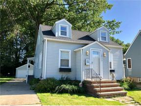 Property for sale at 10409 Manoa Avenue, Brooklyn,  Ohio 44144
