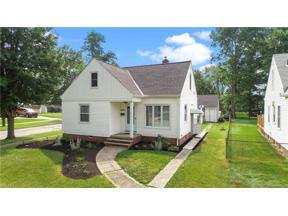 Property for sale at 6976 Orchard Boulevard, Parma Heights,  Ohio 44130