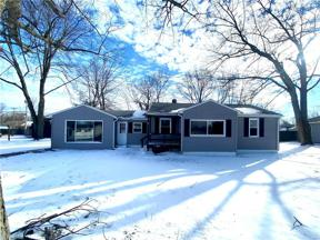 Property for sale at 825 Howell Street, Sheffield Lake,  Ohio 44054