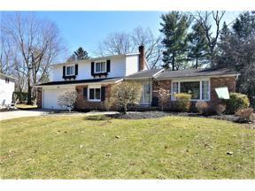 Property for sale at 1047 Linden Lane, Lyndhurst,  Ohio 44124
