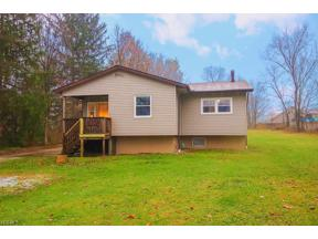 Property for sale at 2654 Forest Drive, Hinckley,  Ohio 44233