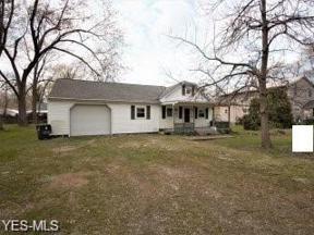 Property for sale at 658 Alameda Avenue, Sheffield Lake,  Ohio 44054