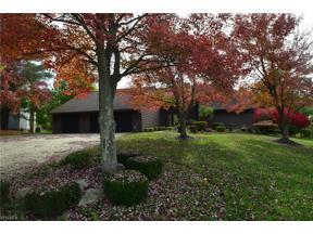 Property for sale at 32950 Aspen Glen Drive, Solon,  Ohio 44139