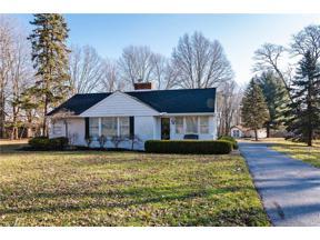 Property for sale at 4805 Som Center Road, Moreland Hills,  Ohio 44022