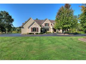 Property for sale at 15450 Suffolk Lane, Chagrin Falls,  Ohio 44022