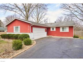 Property for sale at 2439 Applewood Drive, Stow,  Ohio 44224