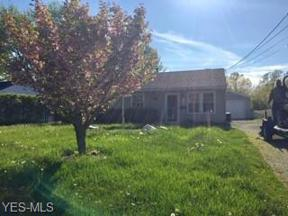 Property for sale at 920 East Drive, Sheffield Lake,  Ohio 44054