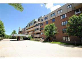 Property for sale at 5200 Three Village Drive 3K, Lyndhurst,  Ohio 44124