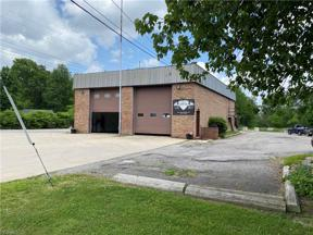 Property for sale at 8051 Brookside Drive, Olmsted Falls,  Ohio 44138