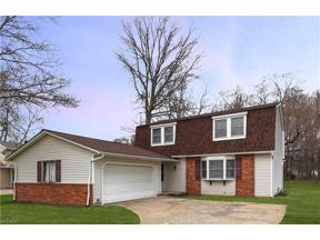 Property for sale at 8639 Brentwood Drive, Olmsted Township,  Ohio 44138