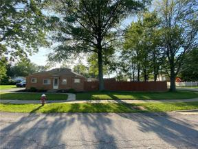Property for sale at 808 Robinwood Avenue, Sheffield Lake,  Ohio 44054
