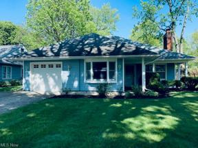 Property for sale at 161 Parkwood Drive, Berea,  Ohio 44017