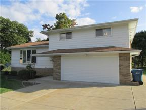 Property for sale at 1700 Shiloh Circle, Parma,  Ohio 44134