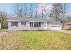 Property for sale at 86 Edgewood Drive, Grafton,  Ohio 44044