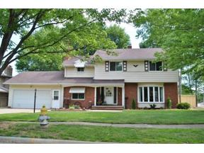 Property for sale at 6913 Greenbriar Drive, Parma Heights,  Ohio 44130