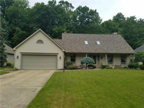Property for sale at 30410 Oakwood Circle, North Olmsted,  Ohio 44070