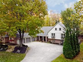 Property for sale at 31111 Roxbury Park Drive, Bay Village,  Ohio 44140