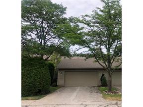 Property for sale at 10 Saratoga Court, Beachwood,  Ohio 44122