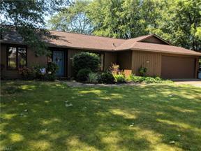 Property for sale at 564 Cranston Circle, Berea,  Ohio 44017