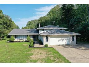 Property for sale at 4405 Dover Center Road, North Olmsted,  Ohio 44070