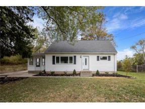 Property for sale at 2679 Crestview Drive, Hinckley,  Ohio 44233