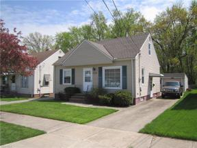 Property for sale at 10021 Manoa Ave, Brooklyn,  Ohio 44144