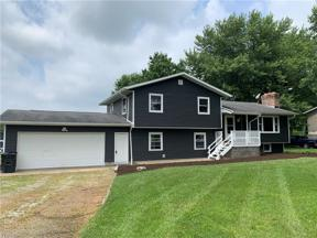 Property for sale at 8182 Hubbard Valley Road, Seville,  Ohio 44273