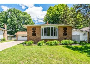 Property for sale at 5211 Hampton Drive, North Olmsted,  Ohio 44070
