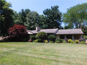 Property for sale at 8955 Bramley Drive, Independence,  Ohio 44131