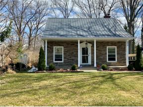 Property for sale at 575 Bassett Road, Bay Village,  Ohio 44140