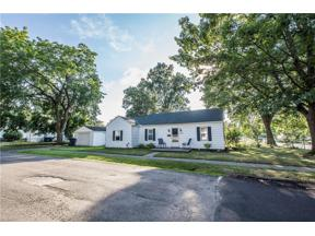 Property for sale at 348 Notre Dame Avenue, Cuyahoga Falls,  Ohio 44221