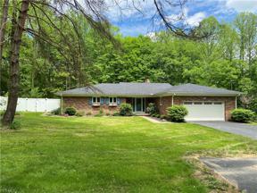 Property for sale at 95 Bellus Road, Hinckley,  Ohio 44233