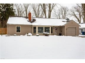 Property for sale at 8675 Lindbergh Boulevard, Olmsted Falls,  Ohio 44138
