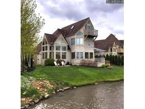 Property for sale at 4260 Vilamoura Drive, Avon,  Ohio 44011