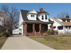 Property for sale at 17450 Clifton Boulevard, Lakewood,  Ohio 44107