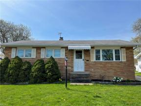 Property for sale at 15621 Sylvia Drive, Brook Park,  Ohio 44142