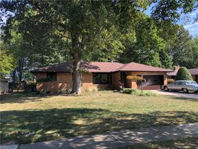 Property for sale at 13534 Mohawk Trail, Middleburg Heights,  Ohio 44130
