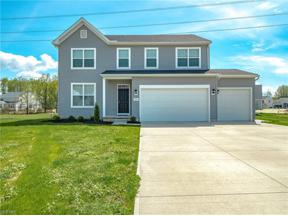 Property for sale at 9124 Shady Elm Lane, Olmsted Township,  Ohio 44138