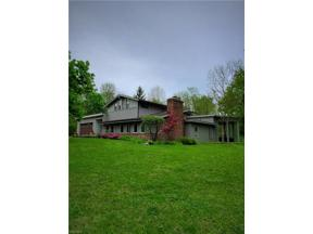Property for sale at 10 Skyline Drive, Moreland Hills,  Ohio 44022