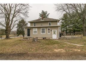 Property for sale at 2587 Ridge Road, Hinckley,  Ohio 44233
